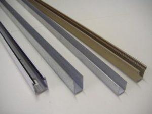 Guide in alluminio per tapparelle disponibili in vari colori e in diiverse misure